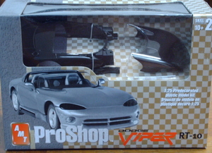 E31276 Dodge Viper RT-10 Pre-Painted by AMT 1:25  Scale
